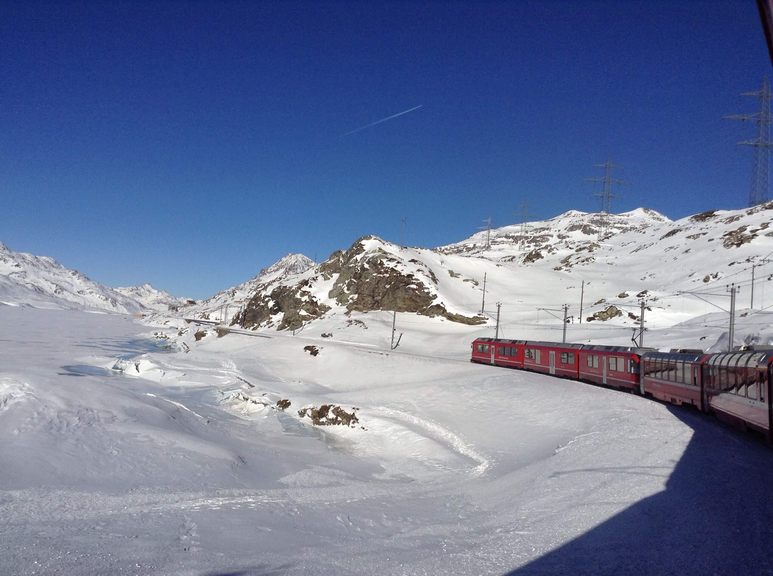 Trenino rosso del Bernina: da Tirano a St. Moritz