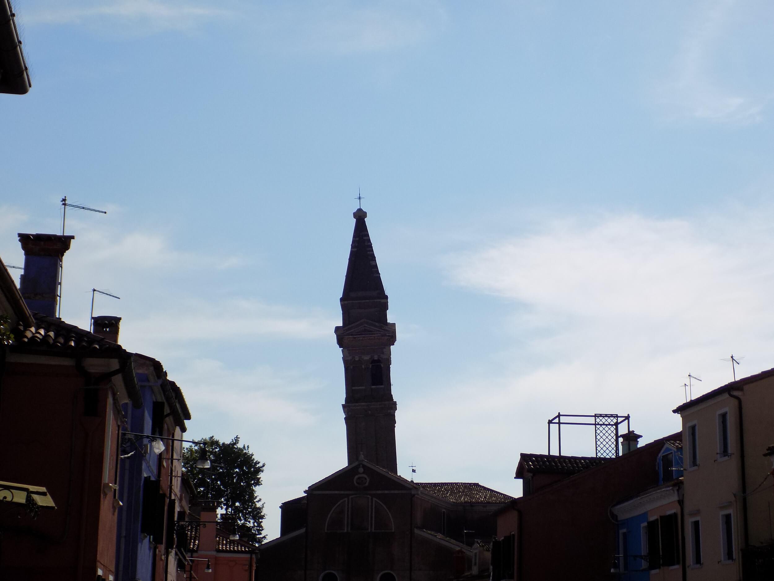 campanile pendente Burano